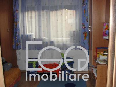 Inchirere Apartament 4 Camere In Zona Calea Floresti