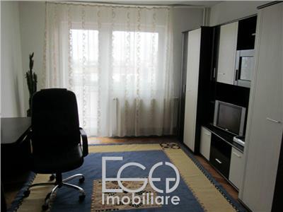 Inchiriere Apartament 3 Camere Decomandat in Zona Piata Cipariu In Centru