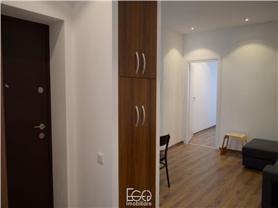 Inchiriere Apartament 2 Camere Lux Prima Chirie + Dressing-In-Closet In Piata Muzeului In Centru