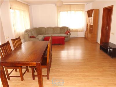 Inchiriere Apartament 3 Camere + Cheltuieli INcluse In Vila In Apropiere De UMF In Zona HAsdeu In Centru