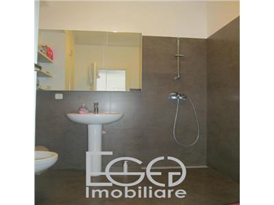 Inchiriere Apartament 2 Camere De Lux + Loc De Parcare In Plopilor