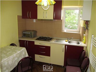 Inchiriere Apartament 3 Camere Decomandat In Centru