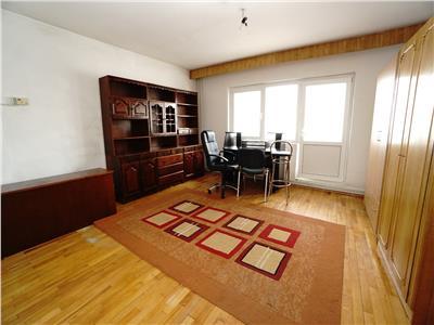 Vanzare Apartament 3 Camere In Zona Scortarilor In Centru