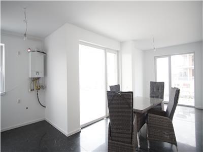 Vanzare apartament 3 camere finisat+garaj langa Grand Hotel Italia