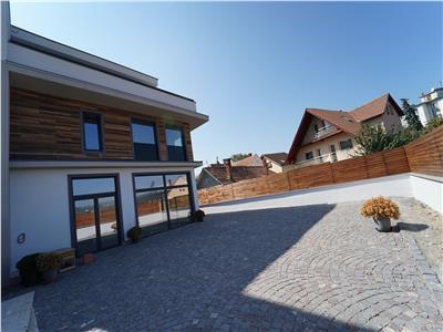 Apartament 3 camere in vila | terasa 180 mp | Gruia | Comision 0